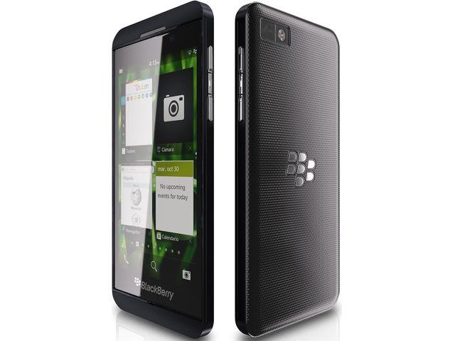 obsah balení BlackBerry Z10 + SanDisk ultra rychlá paměťová karta 16GB